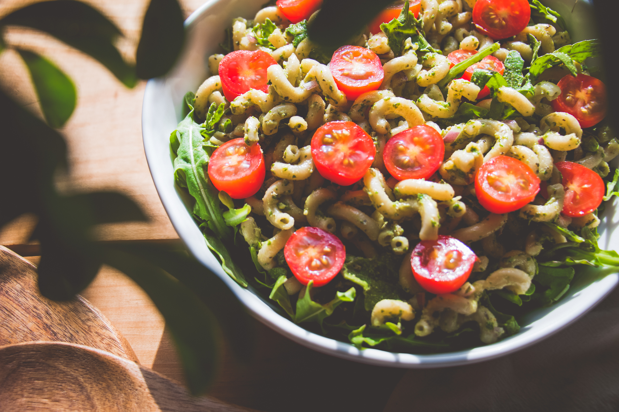 Avocado Pesto Pasta Salad
